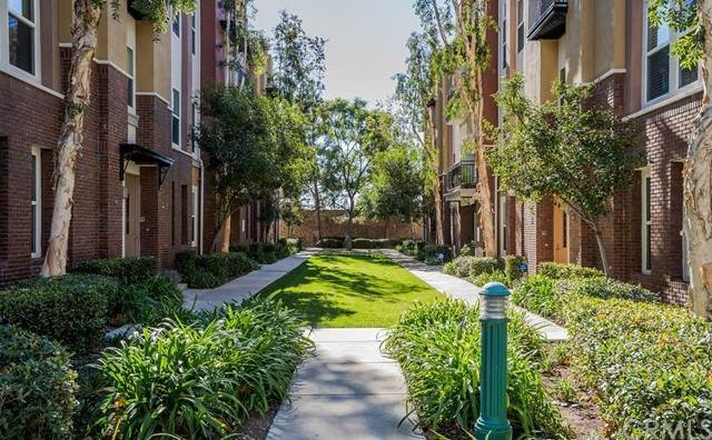 Condominiums for Sale at 670 W 1st Street Claremont, California 91711 United States