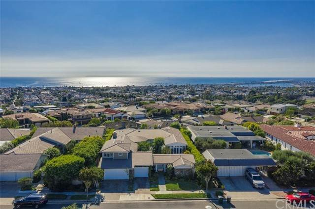 Single Family Homes en 3415 Seabreeze Lane Corona Del Mar, California 92625 Estados Unidos