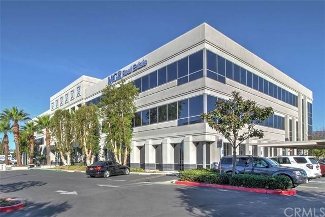 Offices الساعة 3800 Concours Street Ontario, California 91764 United States