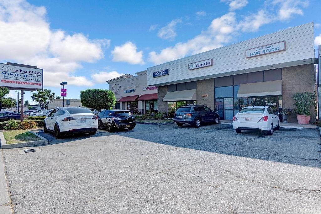 Commercial at 18819 Pioneer Boulevard Artesia, California 90701 United States