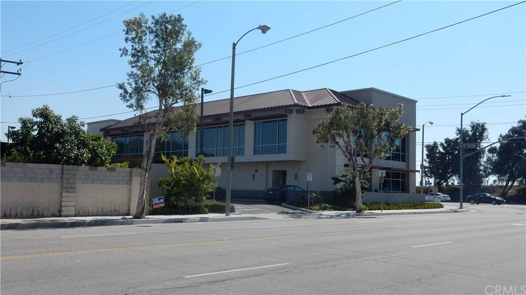 Comercial en 4501 Cerritos Avenue 201 Cypress, California 90630 Estados Unidos