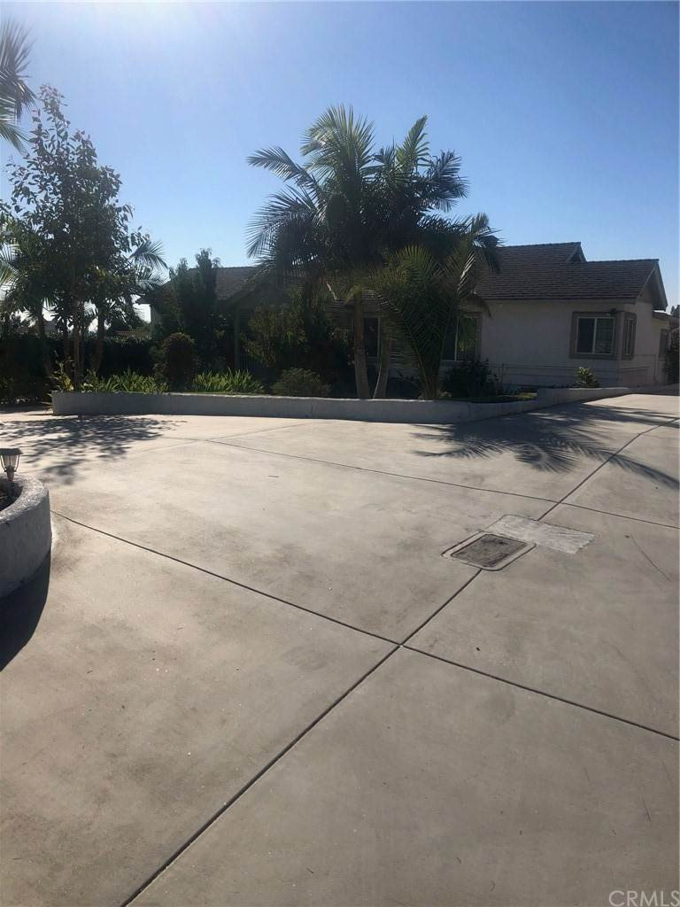 Residential for Sale at 3909 Garey Avenue 3909 Garey Avenue Claremont, California 91711 United States