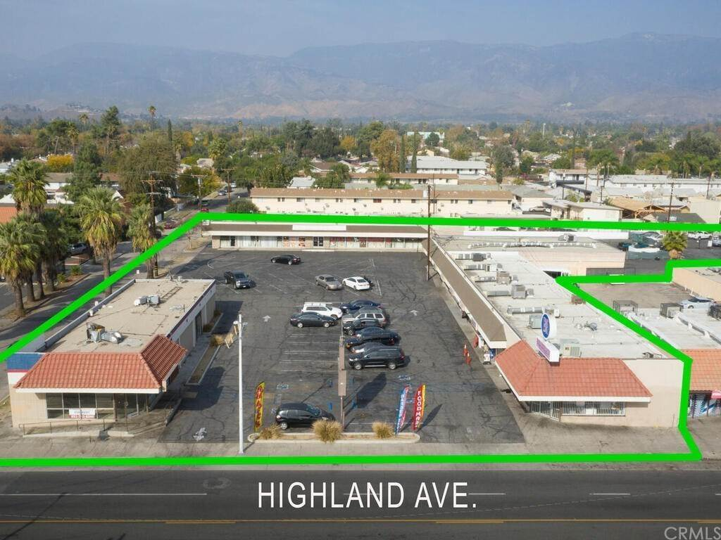 Commercial for Sale at 204 East Highland Avenue San Bernardino, California 92404 United States