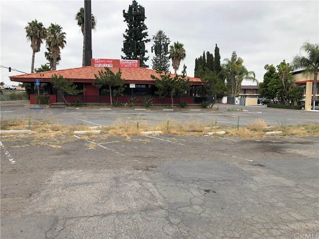 Commercial for Sale at 1936 East Katella Avenue Orange, California 92867 United States