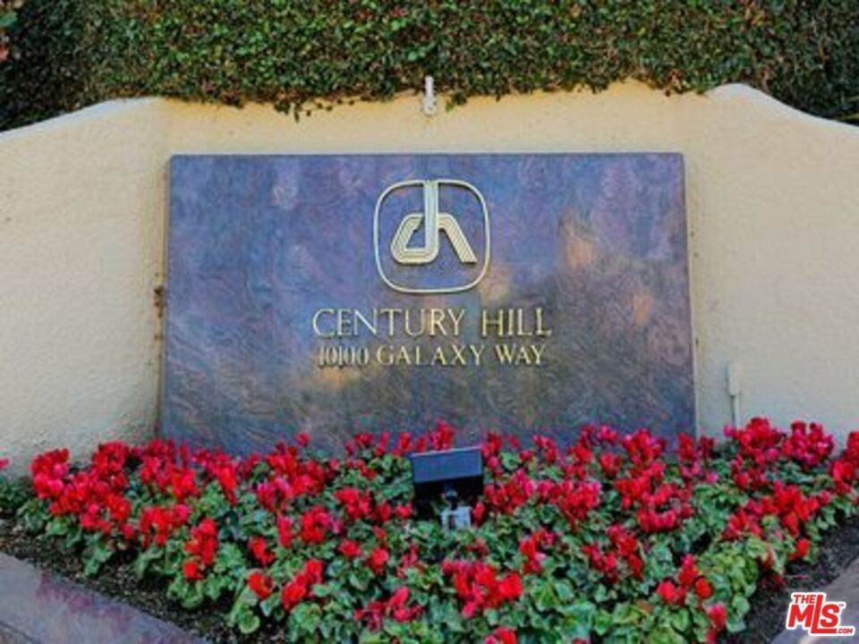 19. Residential for Sale at 2231 Century Los Angeles, California 90067 United States