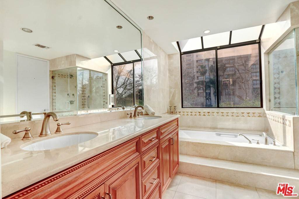 7. Residential for Sale at 2231 Century Los Angeles, California 90067 United States