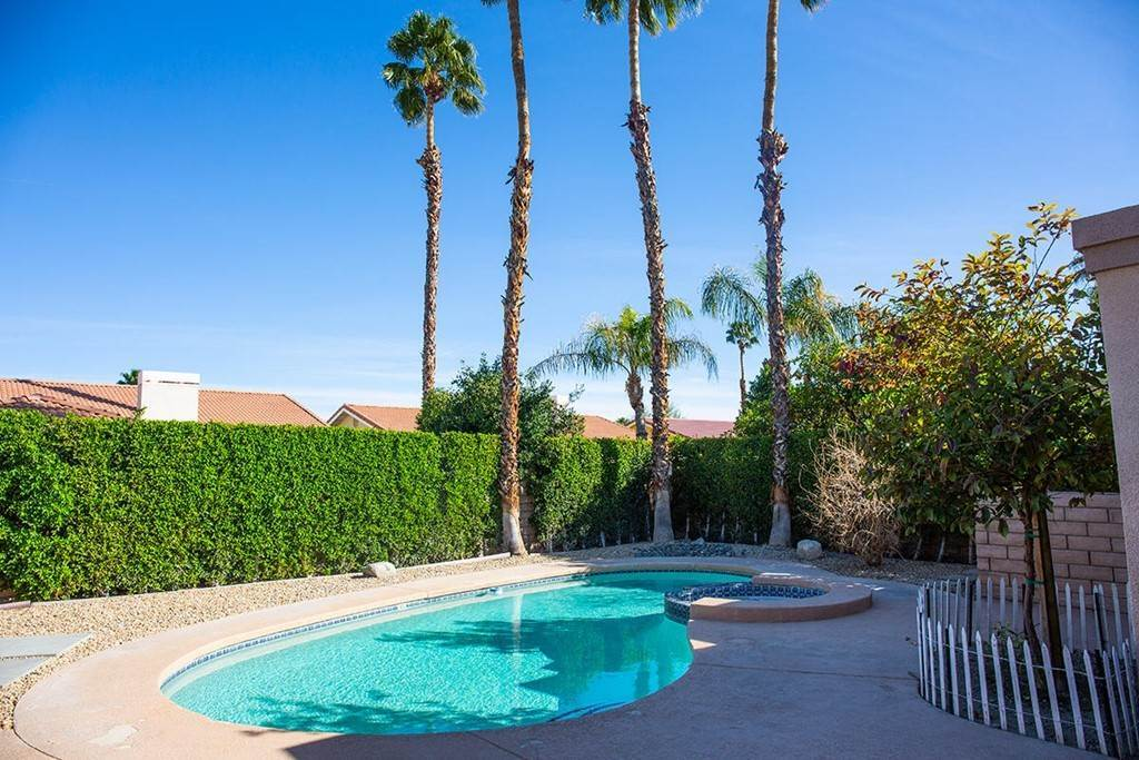 14. Residential Lease at 40588 Clover Lane Palm Desert, California 92260 United States