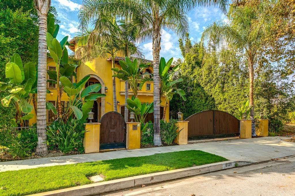 Residential Lease at 5131 Nagle Avenue Sherman Oaks, California 91423 United States