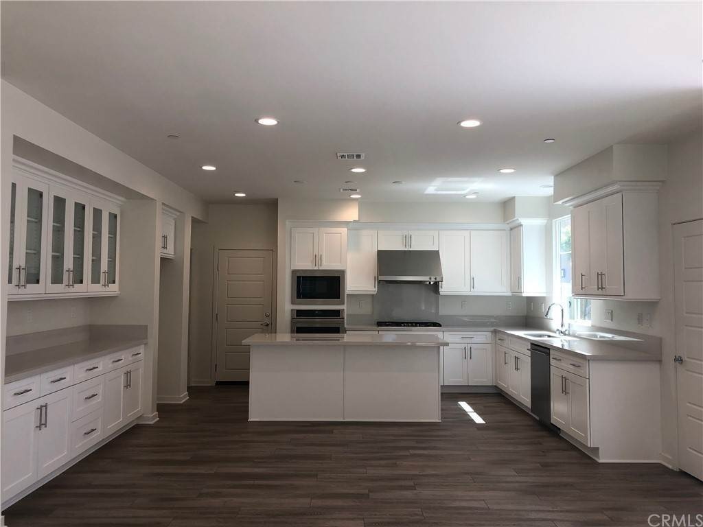 Residential Lease at 164 stage Irvine, California 92618 United States