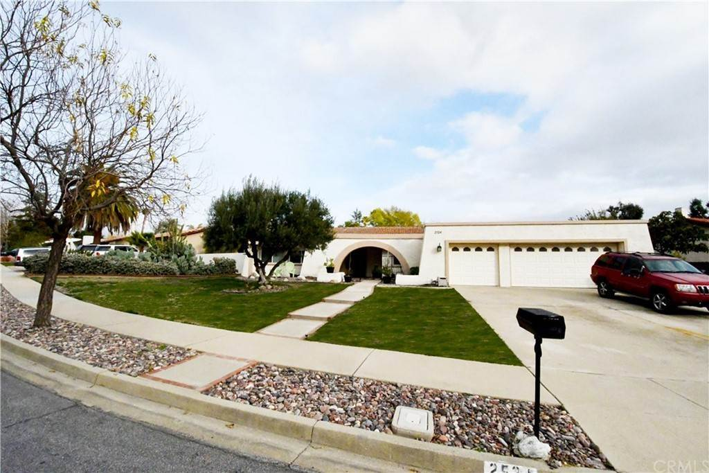 Residential for Sale at 2524 King Way 2524 King Way Claremont, California 91711 United States