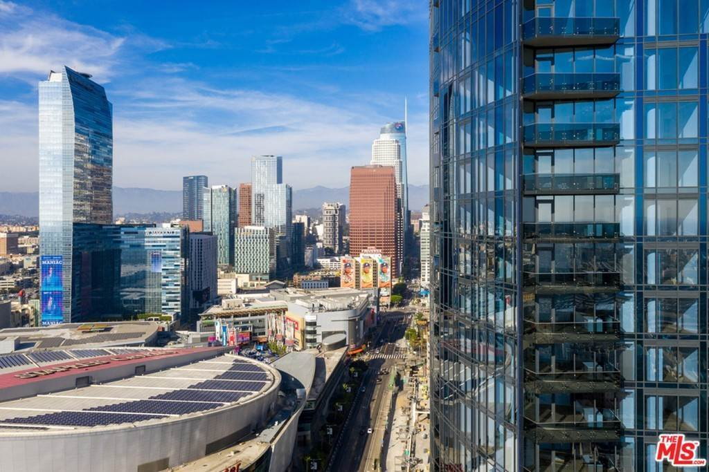 Residential Lease at 1200 South FIGUEROA Street W3312 Los Angeles, California 90015 United States
