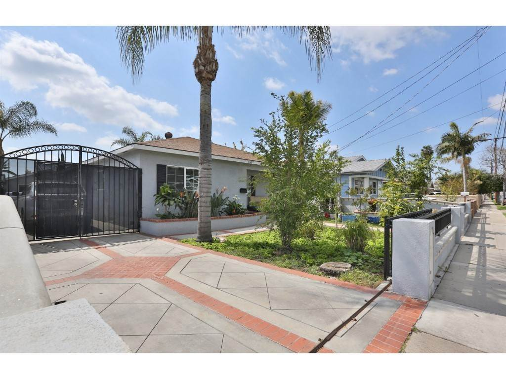 Residential for Sale at 1126 West Cubbon Street Santa Ana, California 92703 United States