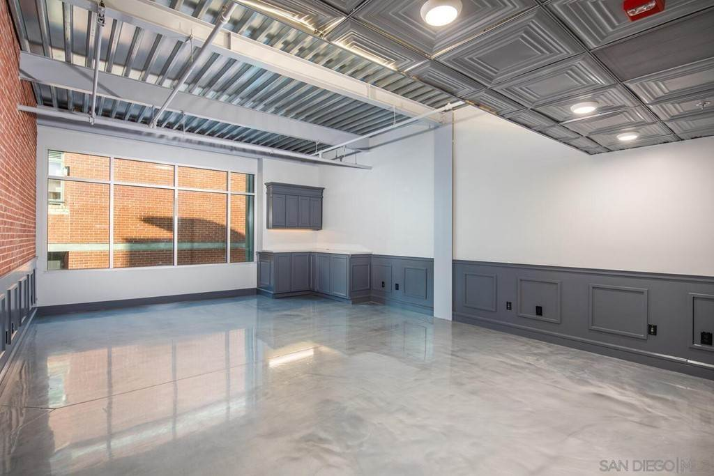 Commercial at 406 9th Ave #302 San Diego, California 92101 United States