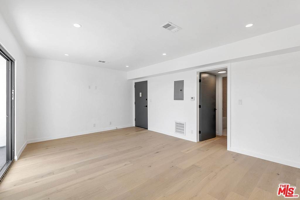 6. Residential Lease at 1210 Larrabee Street 4 West Hollywood, California 90069 United States