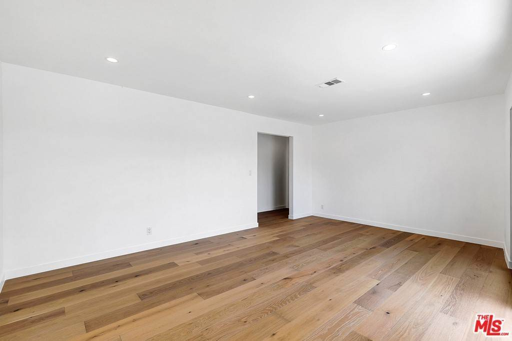 Residential Lease at 1210 Larrabee Street 5 West Hollywood, California 90069 United States
