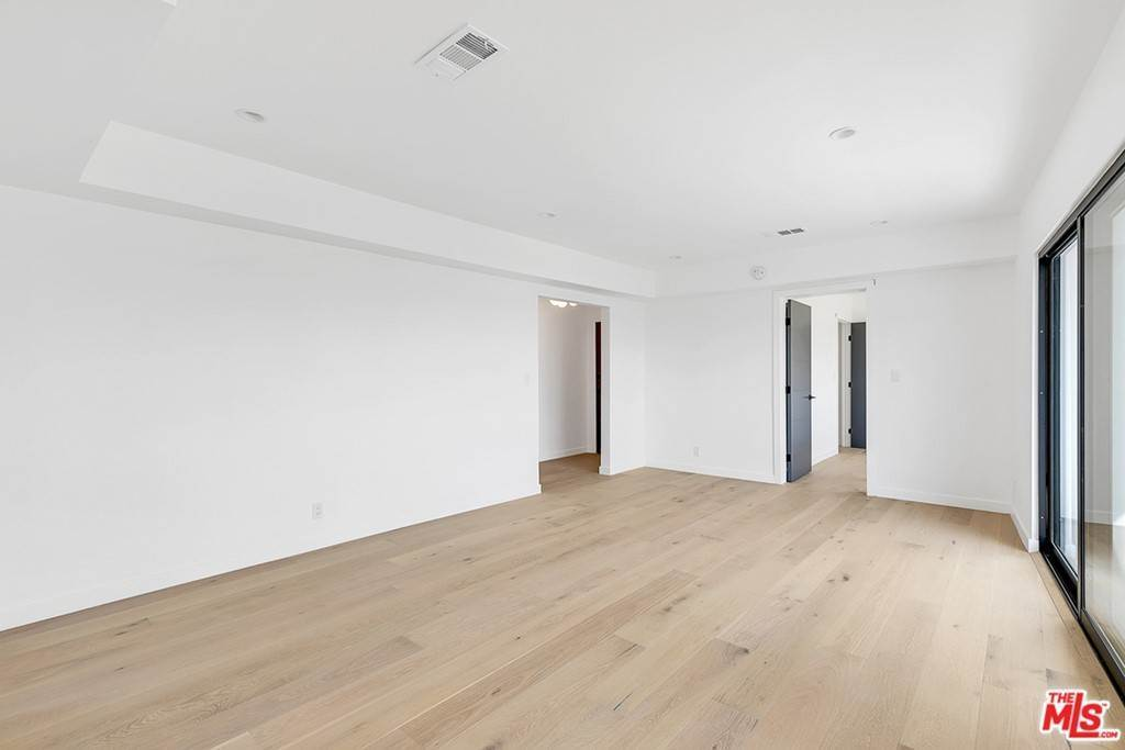 15. Residential Lease at 1210 Larrabee Street 5 West Hollywood, California 90069 United States