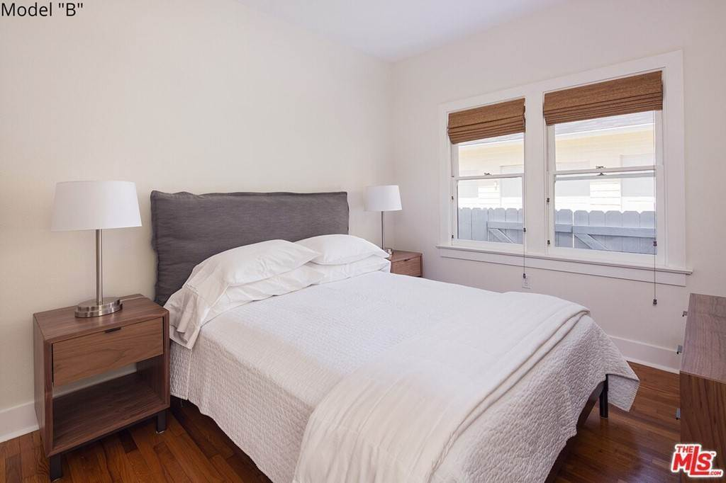 5. Apartments at 435 MONTANA Avenue 2Bed2Bath Santa Monica, California 90403 United States