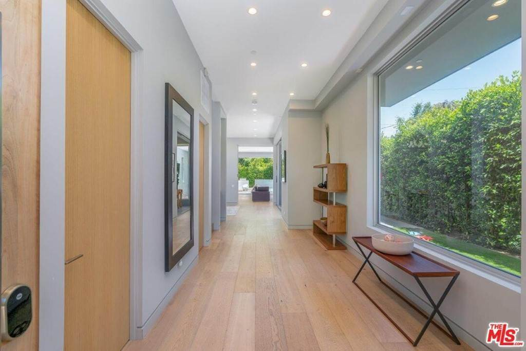 3. Residential Lease at 354 WESTBOURNE Drive West Hollywood, California 90048 United States