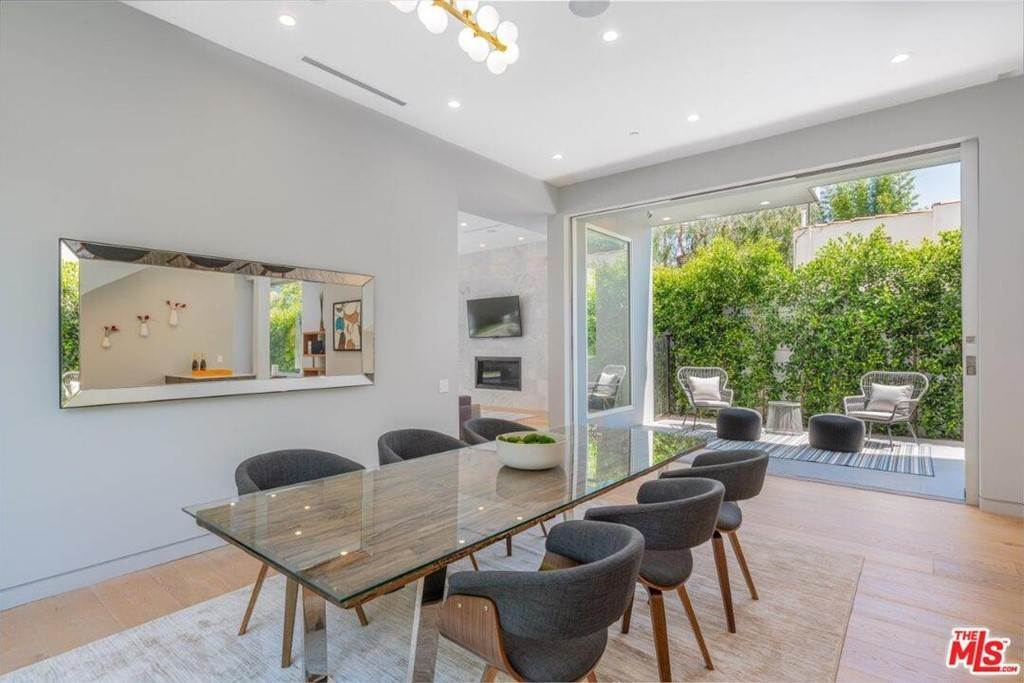 9. Residential Lease at 354 WESTBOURNE Drive West Hollywood, California 90048 United States
