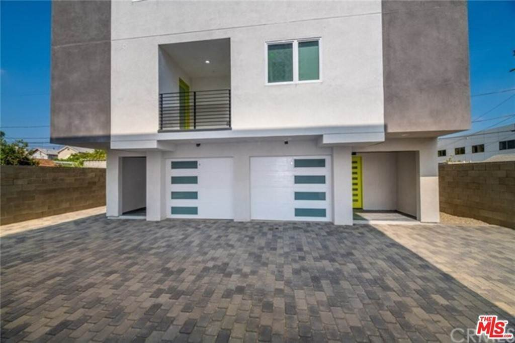 11. Residential Lease at 1118 N Heliotrope Drive 1120 1/2 Los Angeles, California 90029 United States