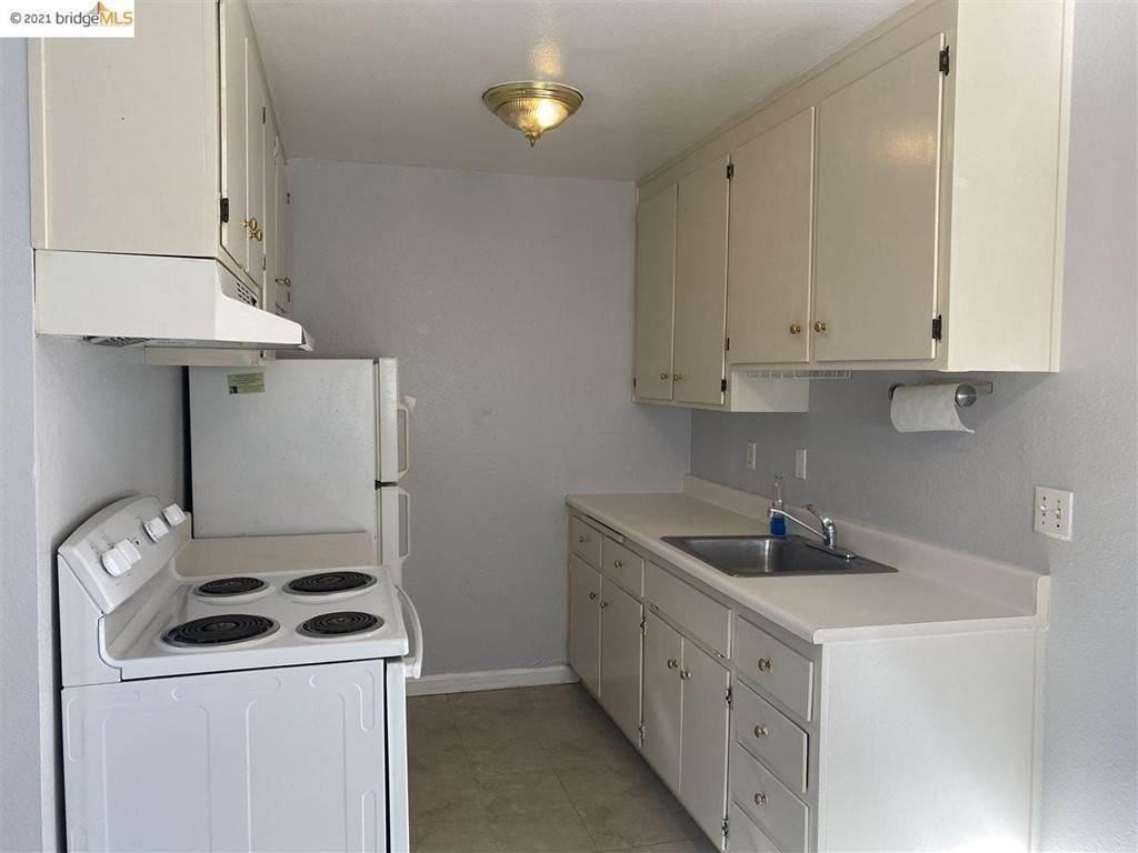 5. Residential Lease at 1817 7th Street Berkeley, California 94710 United States