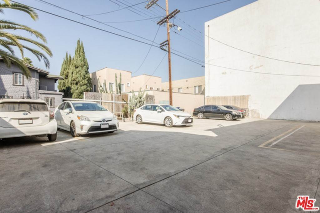 7. Residential Lease at 1331 S Norton Los Angeles, California 90019 United States