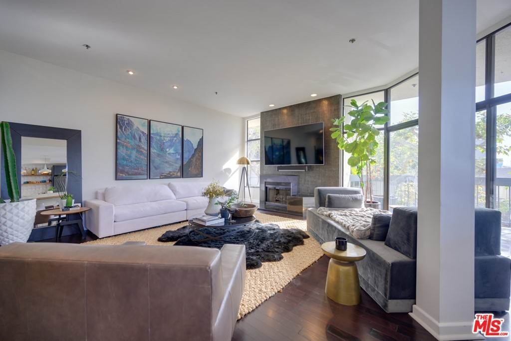 3. Residential Lease at 935 Westbourne Drive 103 West Hollywood, California 90069 United States
