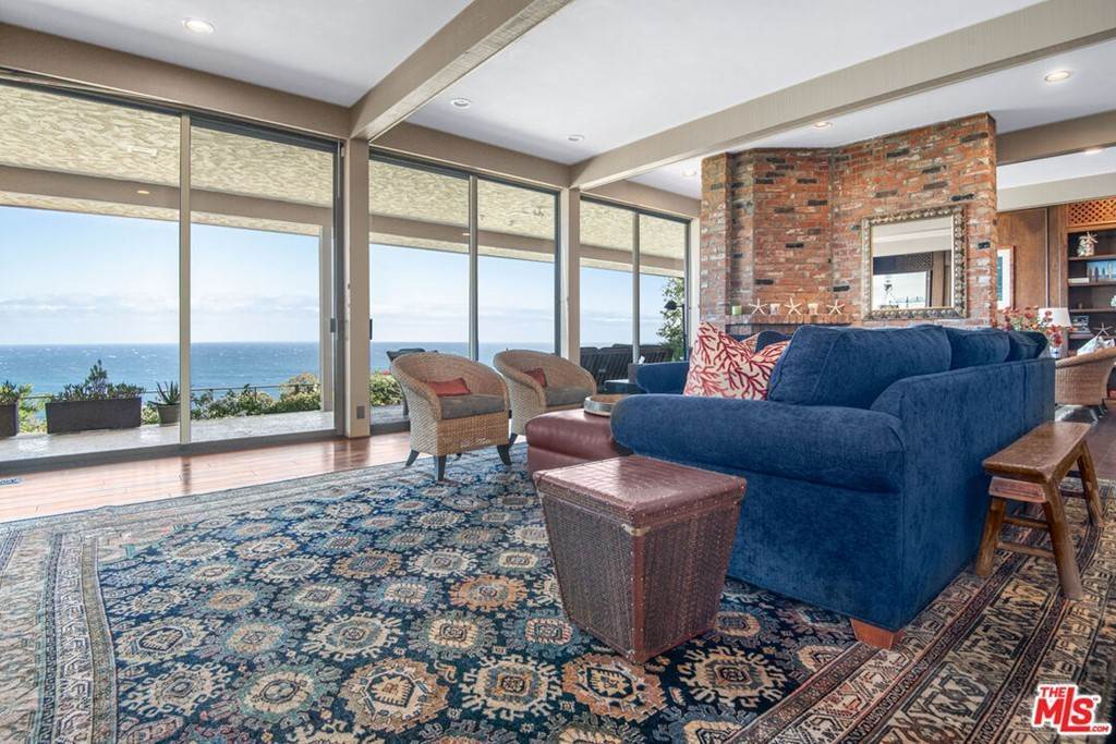 12. Residential Lease at 29008 Cliffside Drive Malibu, California 90265 United States