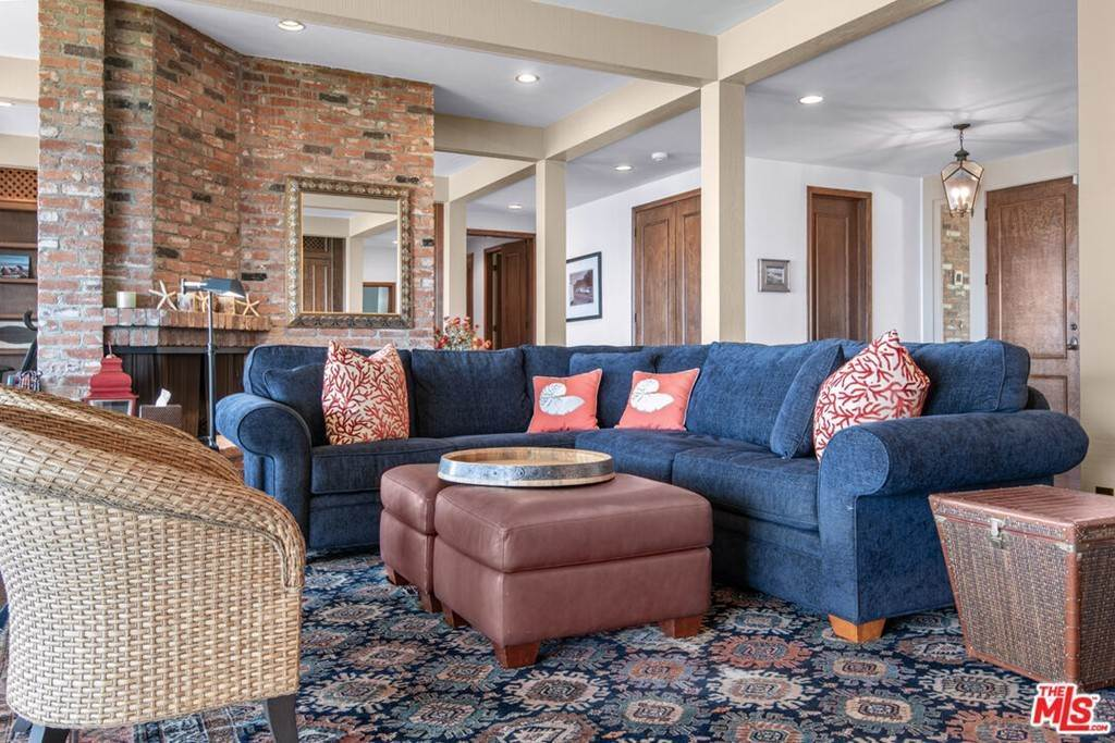 13. Residential Lease at 29008 Cliffside Drive Malibu, California 90265 United States