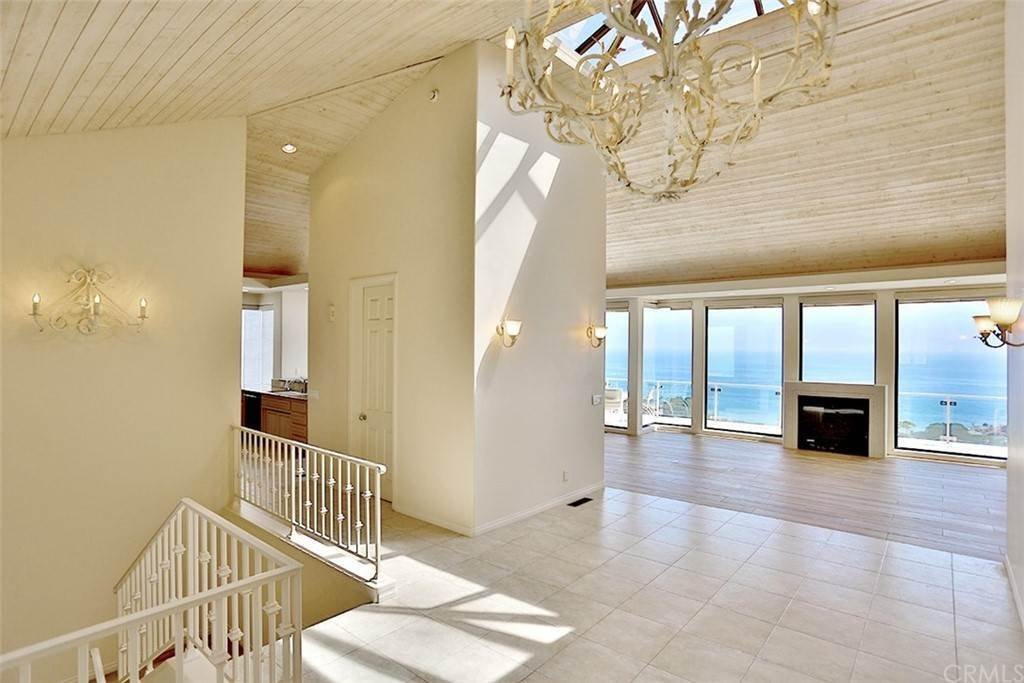10. Residential Lease at 355 Camden Place Laguna Beach, California 92651 United States