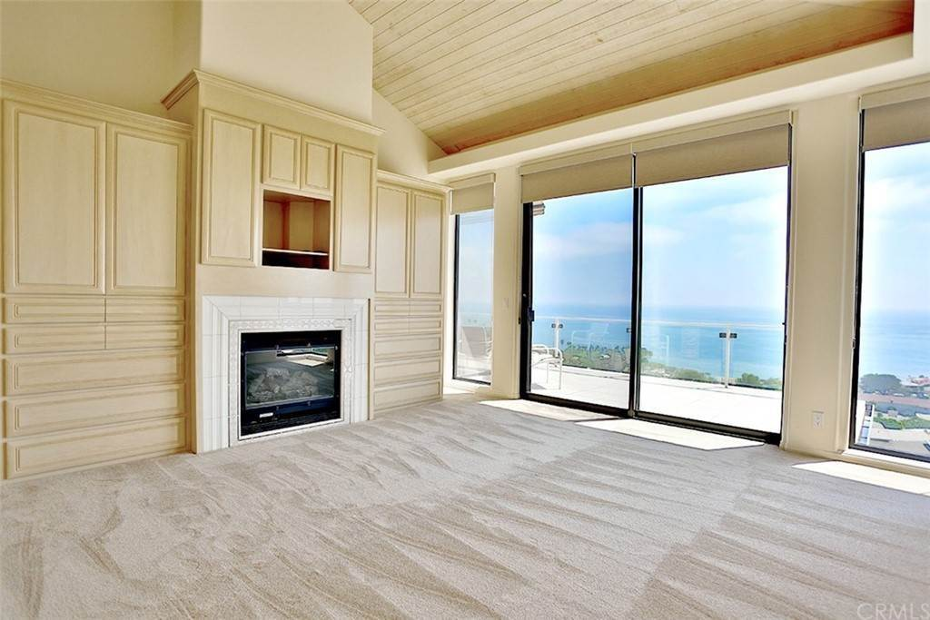 11. Residential Lease at 355 Camden Place Laguna Beach, California 92651 United States