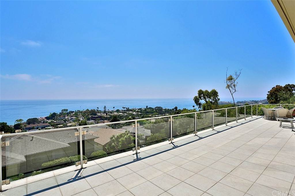 18. Residential Lease at 355 Camden Place Laguna Beach, California 92651 United States