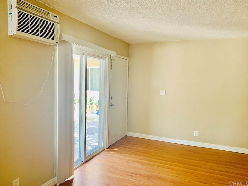2. Apartments at 1425 W Stoneridge Court E Ontario, California 91762 United States