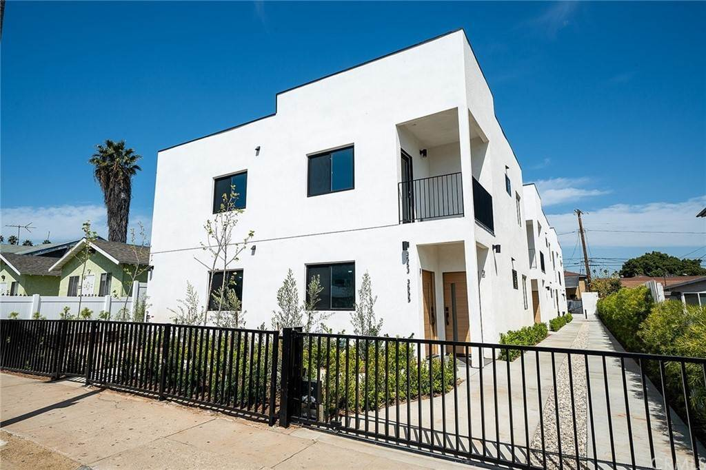 townhouses en 3553 Percy Street 1 East Los Angeles, California 90023 Estados Unidos