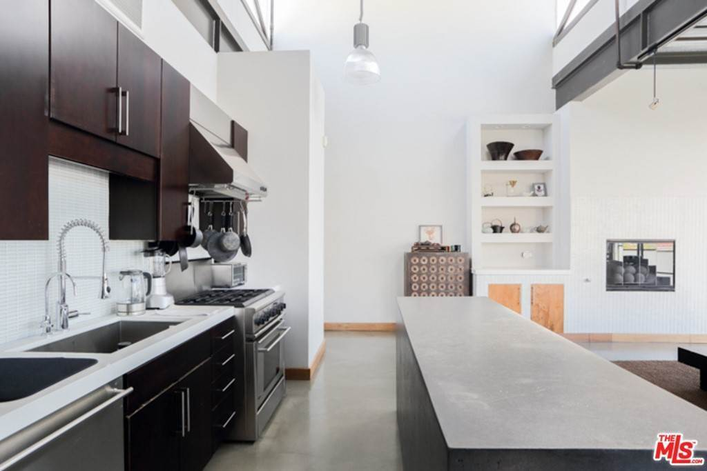 12. Residential Lease at 1534 17TH Street 204 Santa Monica, California 90404 United States