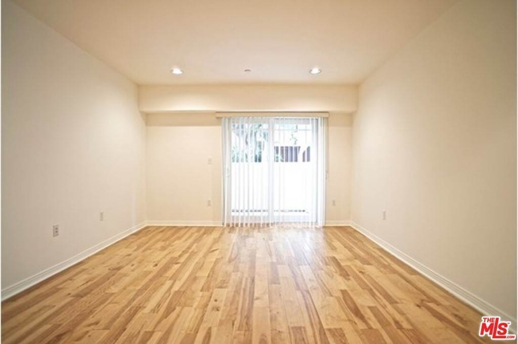 4. Residential Lease at 1321 Brockton Avenue 101 Los Angeles, California 90025 United States