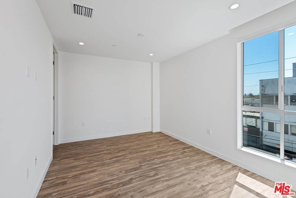 14. Residential Lease at 714 N Sweetzer Avenue 302 Los Angeles, California 90069 United States