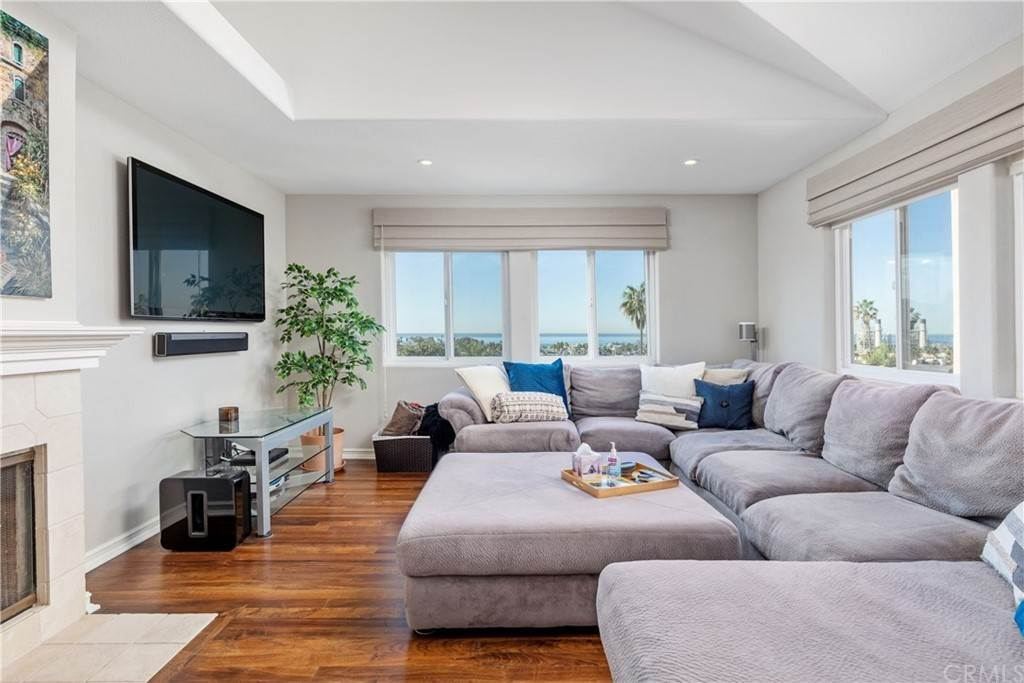 Residential Lease at 607 North Juanita Avenue B Redondo Beach, California 90277 United States