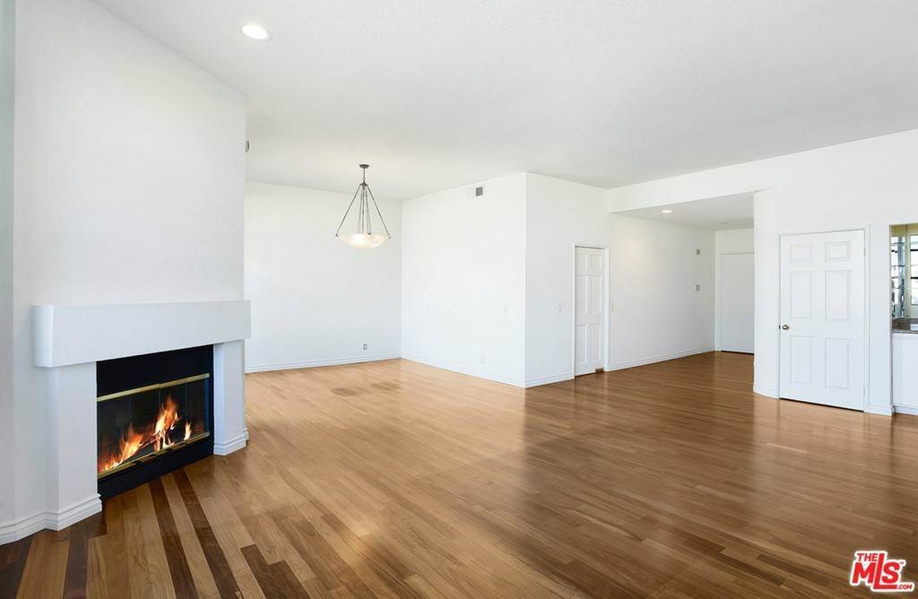 3. Residential Lease at 11636 MONTANA Avenue 210 Los Angeles, California 90049 United States
