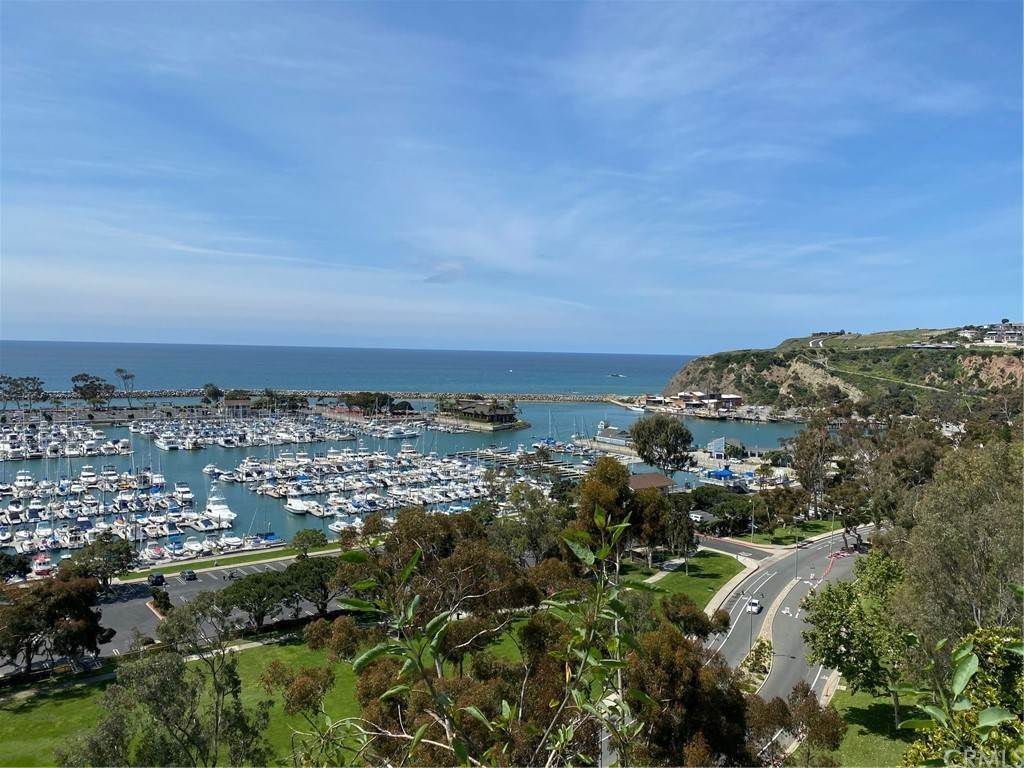 19. Residential Lease at 33802 El Encanto Avenue Dana Point, California 92629 United States