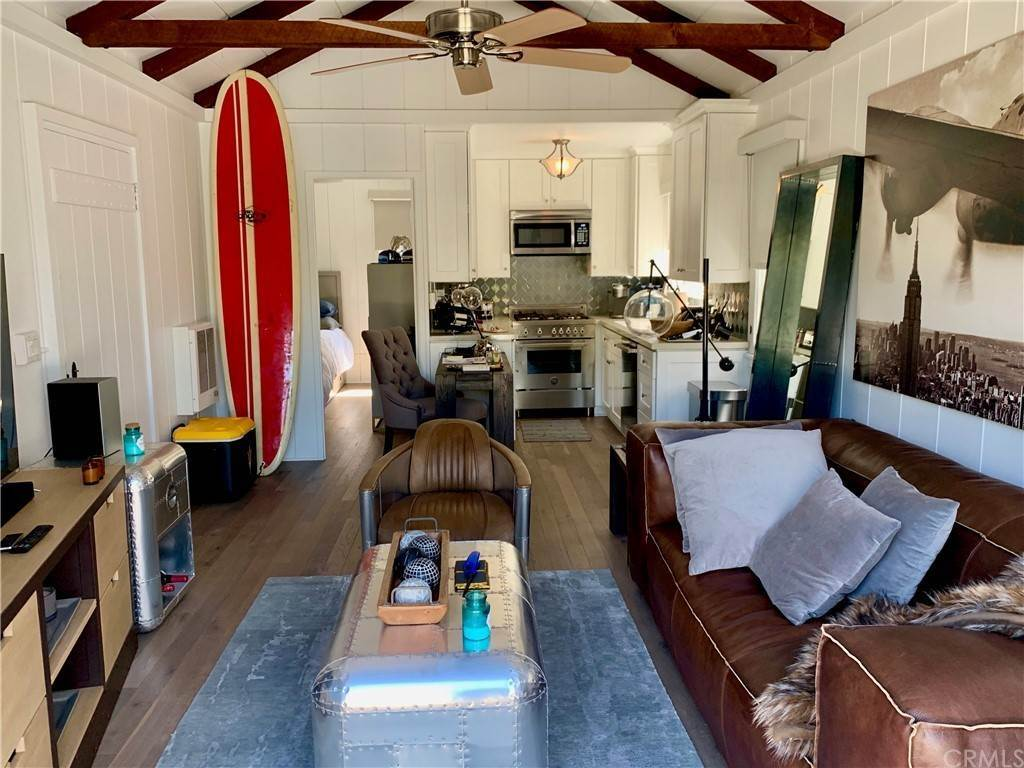 6. Residential Lease at 1451 Glenneyre Street Laguna Beach, California 92651 United States