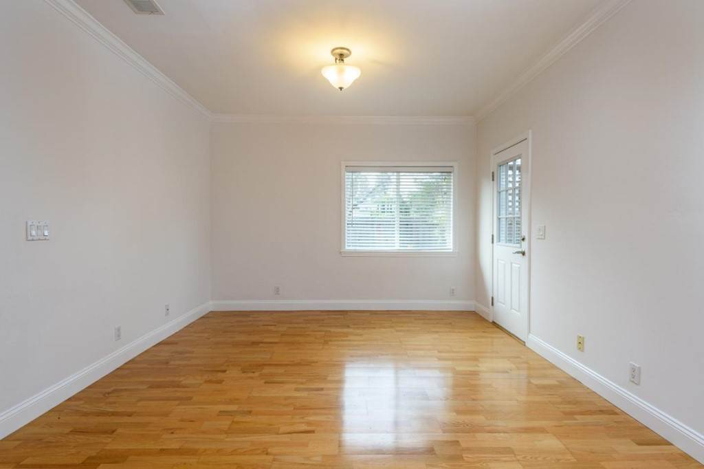 4. Residential Lease at 1324 Edgehill Drive Burlingame, California 94010 United States
