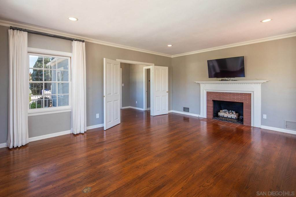 11. Residential Lease at 3109 Laurel Street San Diego, California 92104 United States