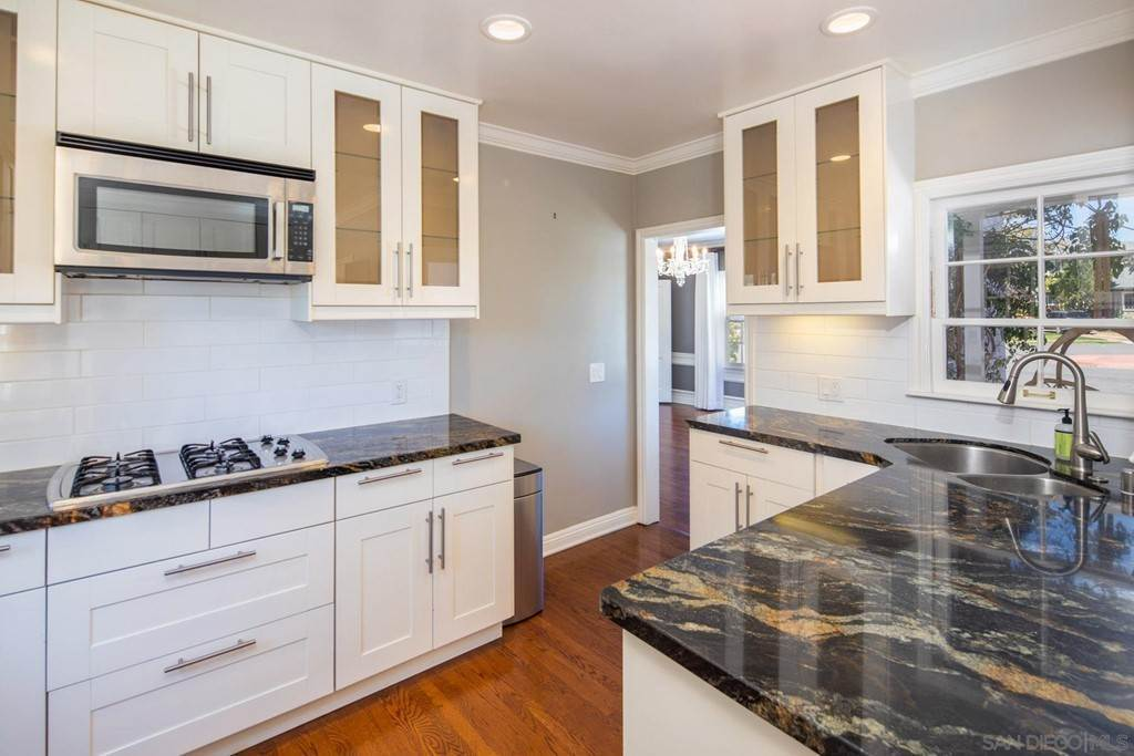 8. Residential Lease at 3109 Laurel Street San Diego, California 92104 United States
