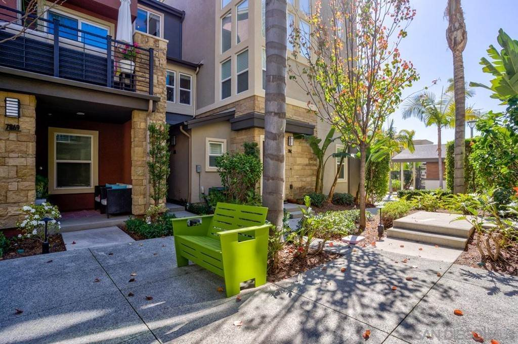 19. townhouses at 7865 Modern Oasis Drive San Diego, California 92108 United States