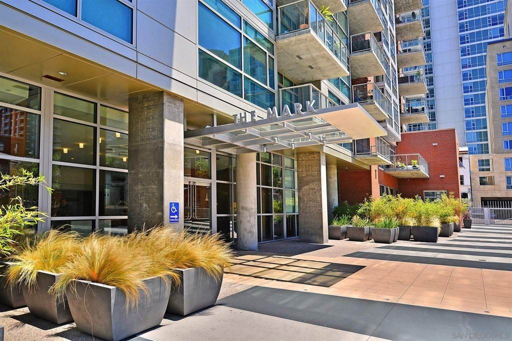 Residential Lease at 800 The Mark Lane 402 San Diego, California 92101 United States
