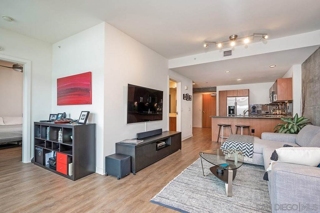 11. Residential Lease at 800 The Mark Lane 402 San Diego, California 92101 United States
