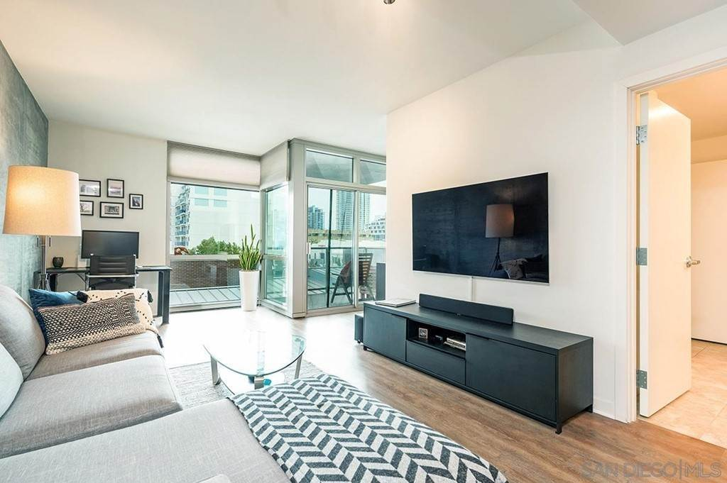 8. Residential Lease at 800 The Mark Lane 402 San Diego, California 92101 United States