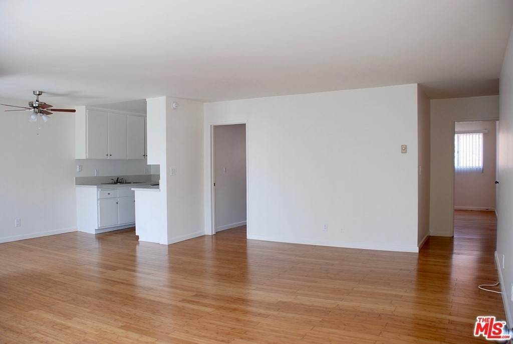 Residential Lease at 1543 10TH Street Santa Monica, California 90401 United States