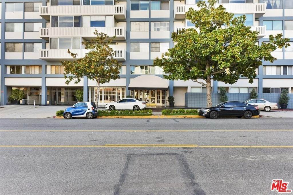 Residential Lease at 969 Hilgard Avenue 1205 Los Angeles, California 90024 United States